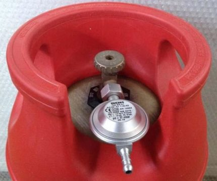 Réducteur pour connecter une bouteille de gaz