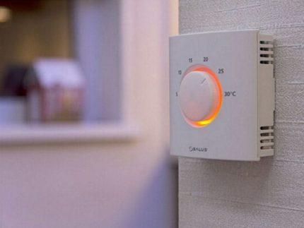 Thermostat électronique pour chaudière à gaz
