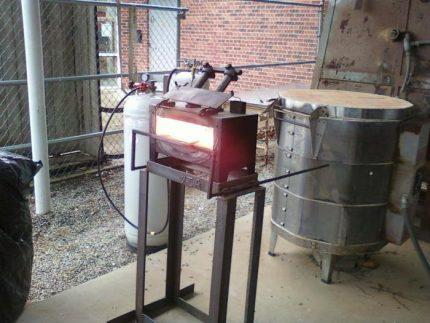 Blacksmith injection burner