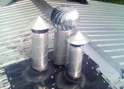 Déflecteur de tuyau de ventilation