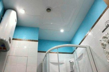 Dispositif de ventilation dans la salle de bain