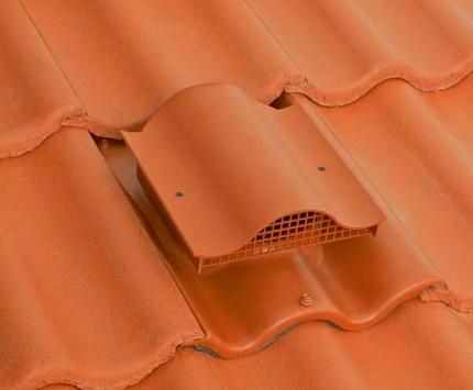 Aérateur de toit en tuiles