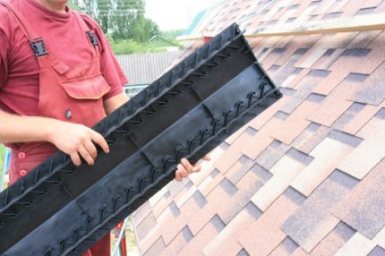 Example of a ridge aerator