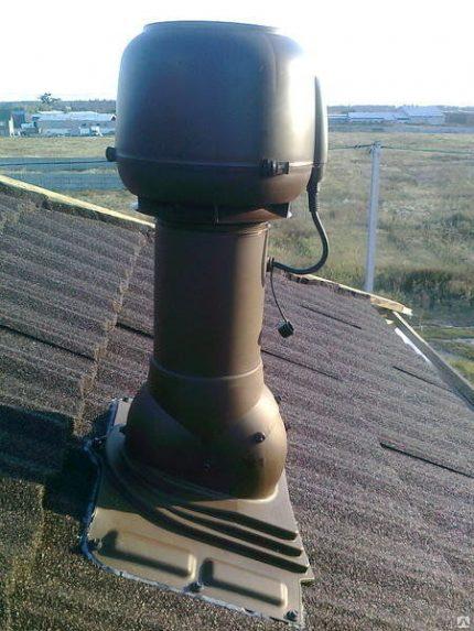 Sortie de ventilation avec ventilateur électrique