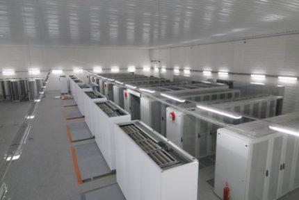 Precision indoor air conditioners