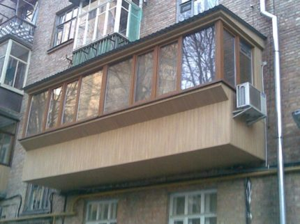 Side of the balcony