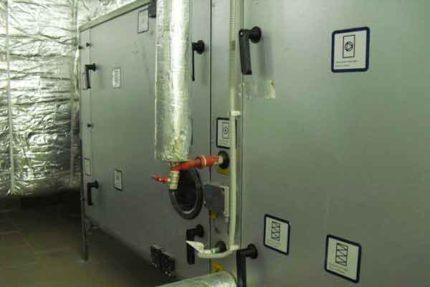 Pieplūdes un izplūdes ventilācijas iekārta